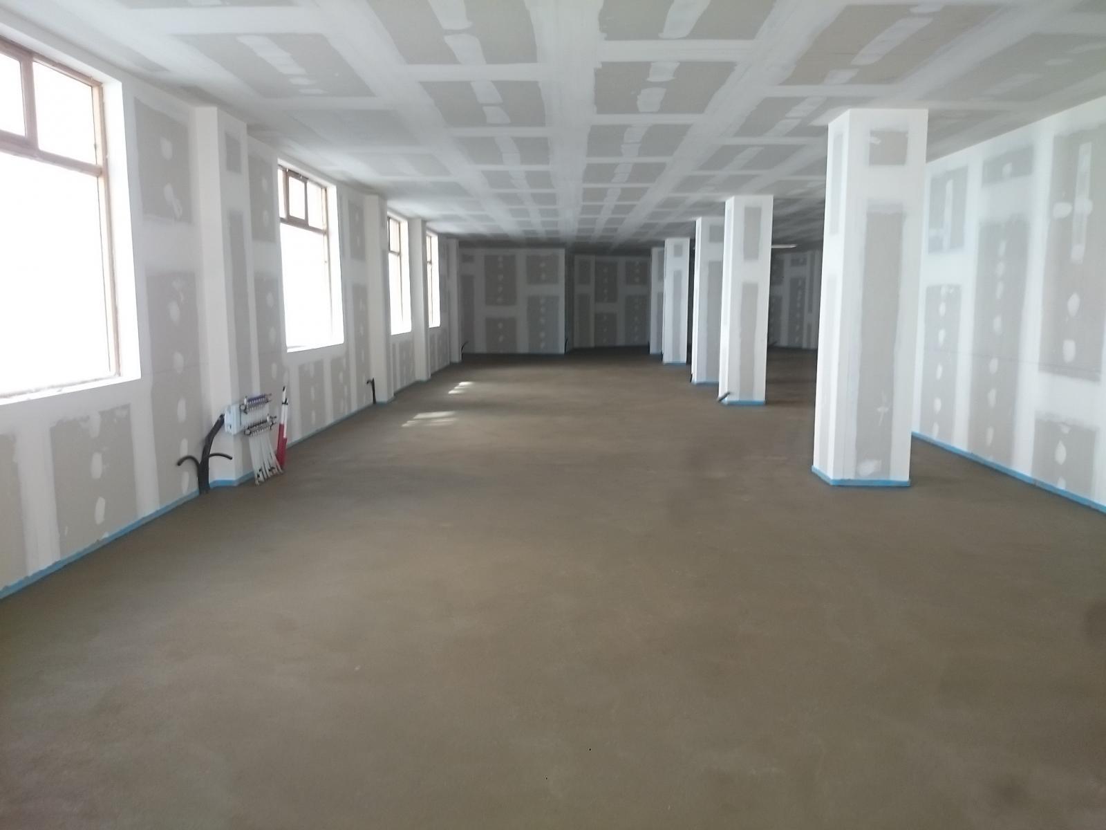 Construcciones Adrian: Solera de cemento sobre suelo radiante